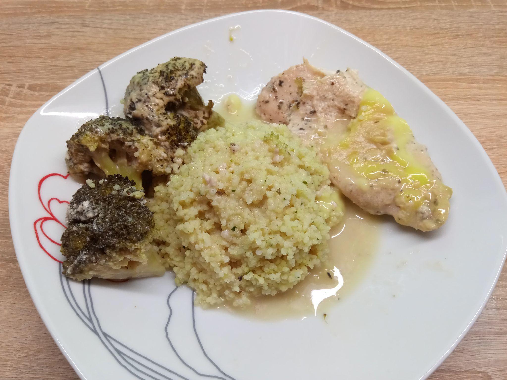 Rakott brokkolis csirke